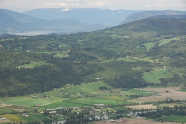 Grindrod – Shuswap River – Grandview Bench Climb: at 80K a 4.6K climb averages 6% -7% grade'